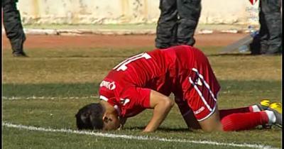 Vidéo : Firas Belarbi ouvre le score pour l'ESS