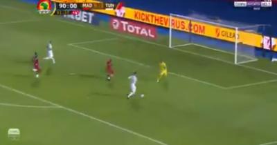 Vidéo : Le 3e but de la Tunisie (Sliti)