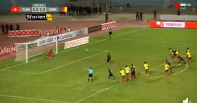 Vidéo : Le Penalty raté par Khenissi