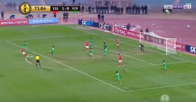 Vidéo : Quel but de Baayou contre Platinum